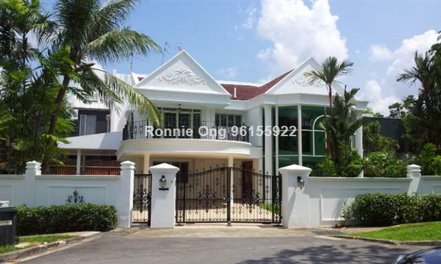 2 Storey Detached House With Swimming Pool