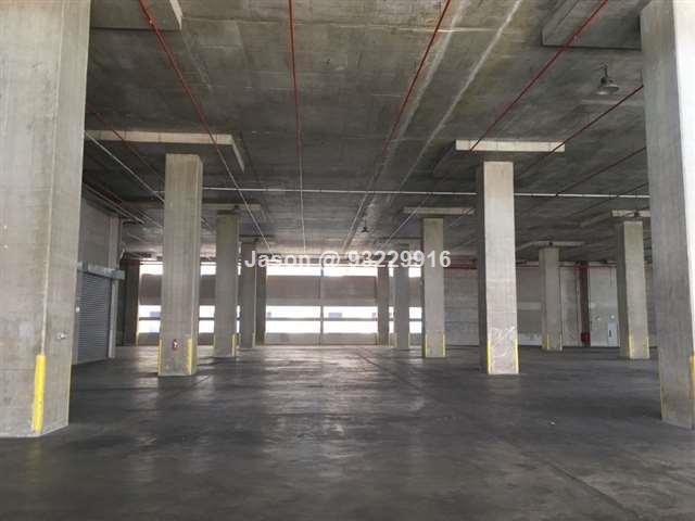 Warehouse  Pioneer   Ceiling 9 m  ~19,000sqft  