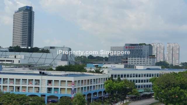 Jurong East, Blk 213