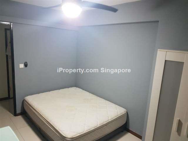 Jurong West, Blk 698C