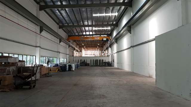 Jurong Factory with Overhead Crane RENT