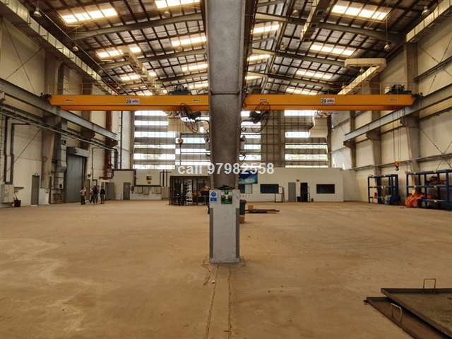 Pioneer High Ceiling Factory with 20 Ton Crane
