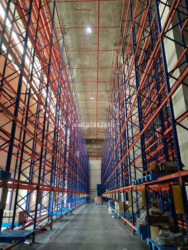International Road 19m High Warehouse with Racking