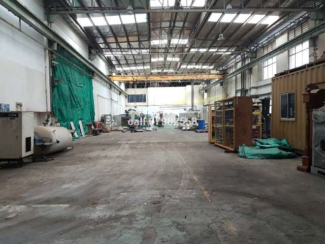 Gul Factory with Overhead Crane for Immediate RENT