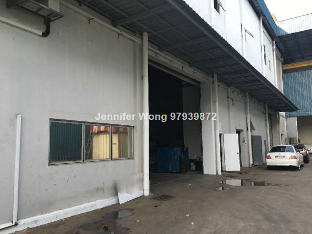 For Lease – Ground Floor Factory With Crane