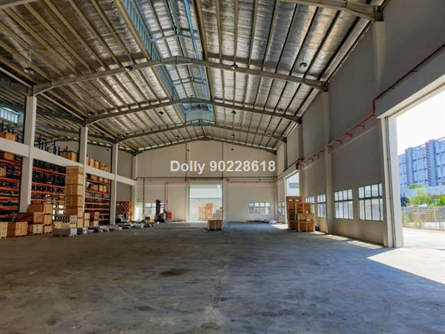 Newly renovated, S/sty factory+office