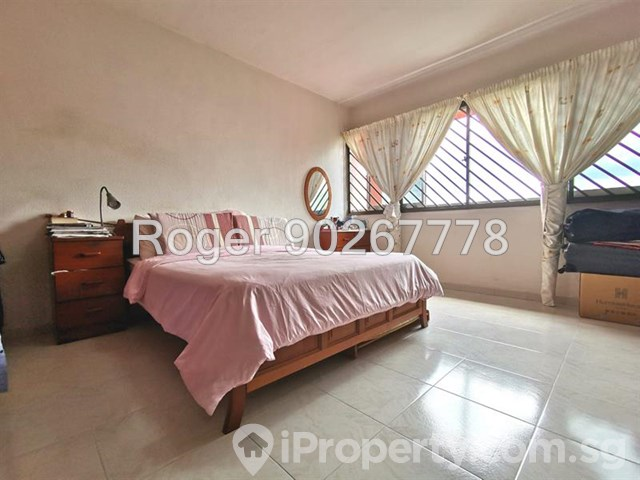 Tampines, Blk 857
