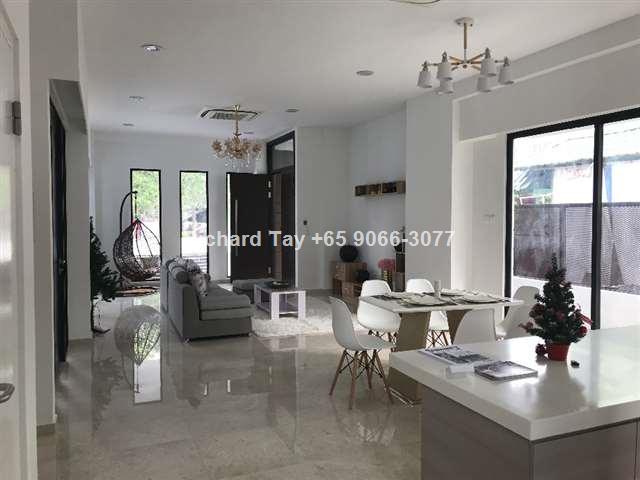 *** Brand New Home Semi-Detached near MRT