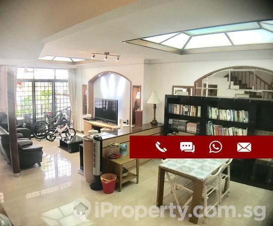 Gorgeous 3 Storey Newly Renovated Freehold