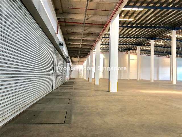 Logistics Ctr with XL Floorplate