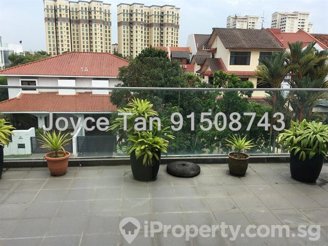 D14. Modern Semi-D House 2 Min from MRT Station, Can Park 4 to 5 Cars, Below Value