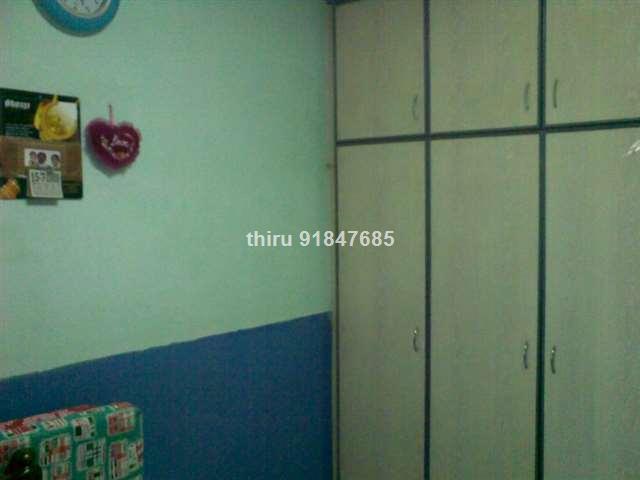 Jurong East, Blk 210