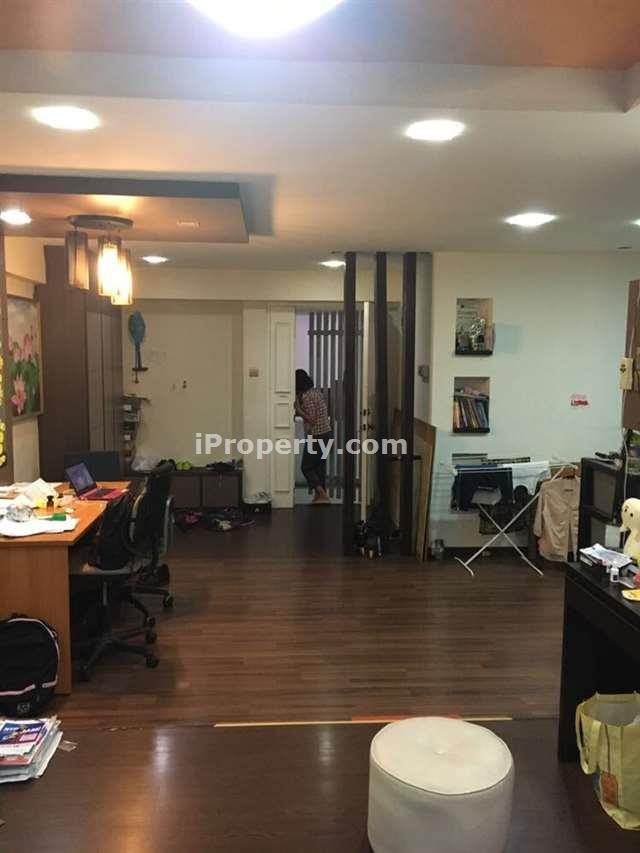 3 bedrooms 5 rooms hdb flat for rent in jurong west Master bedroom for rent in jurong west singapore