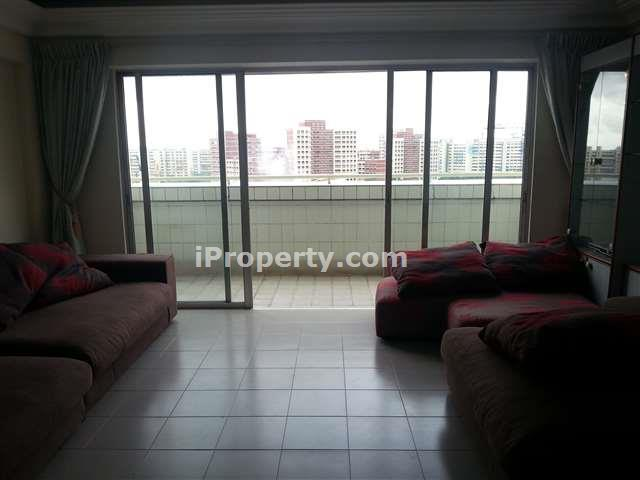 3 Bedrooms Executive Maisonette For Rent In Hougang