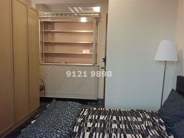 No Owner ! Spacious Room in Landed House